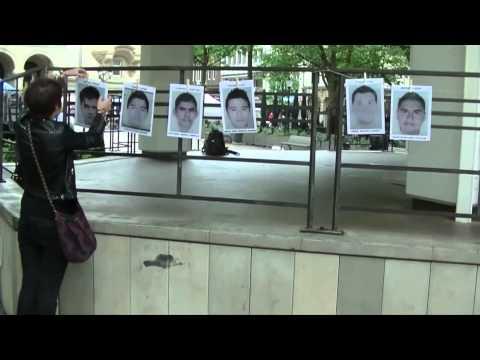 Flashmob pour les 43 étudiants disparus auMexique
