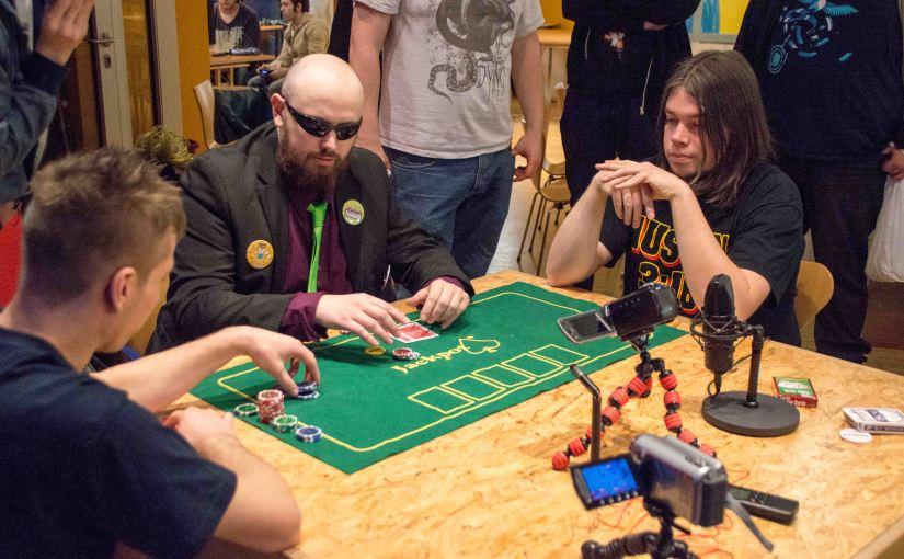 Poker at the Gaming Cafe – Black Star vs Mads Play vs The RealPayne