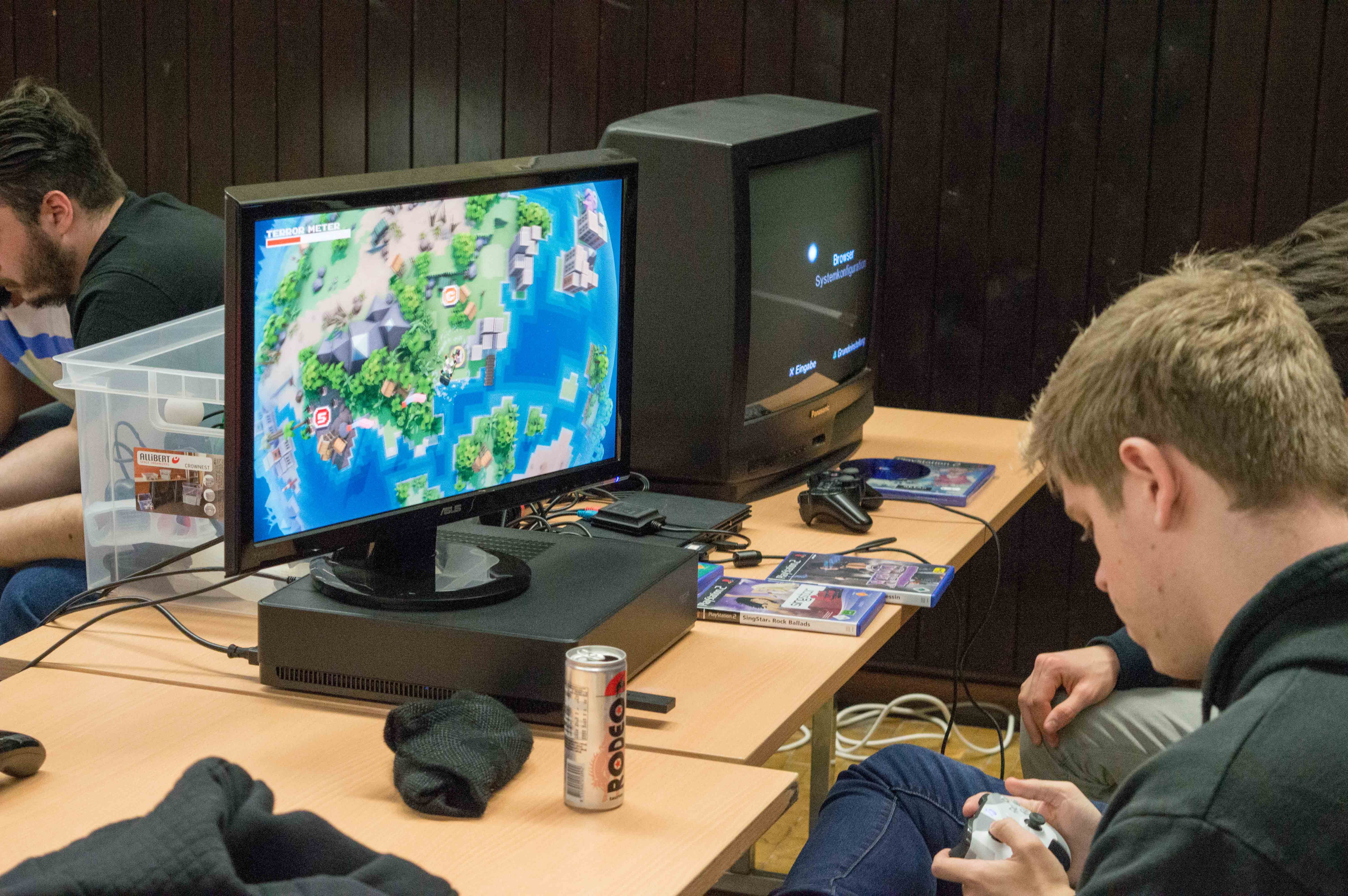 Gaming Cafe 6 Years 2017 Photo by Sam van Maris for Geeks LifeLuxembourg-0778