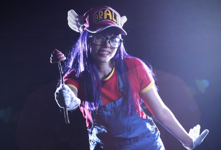 Arale by Monemon