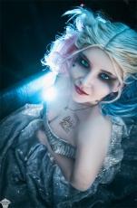 harley-quinn-glitter-cosplay-02
