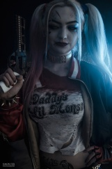 harley-quinn-ss-cosplay-04